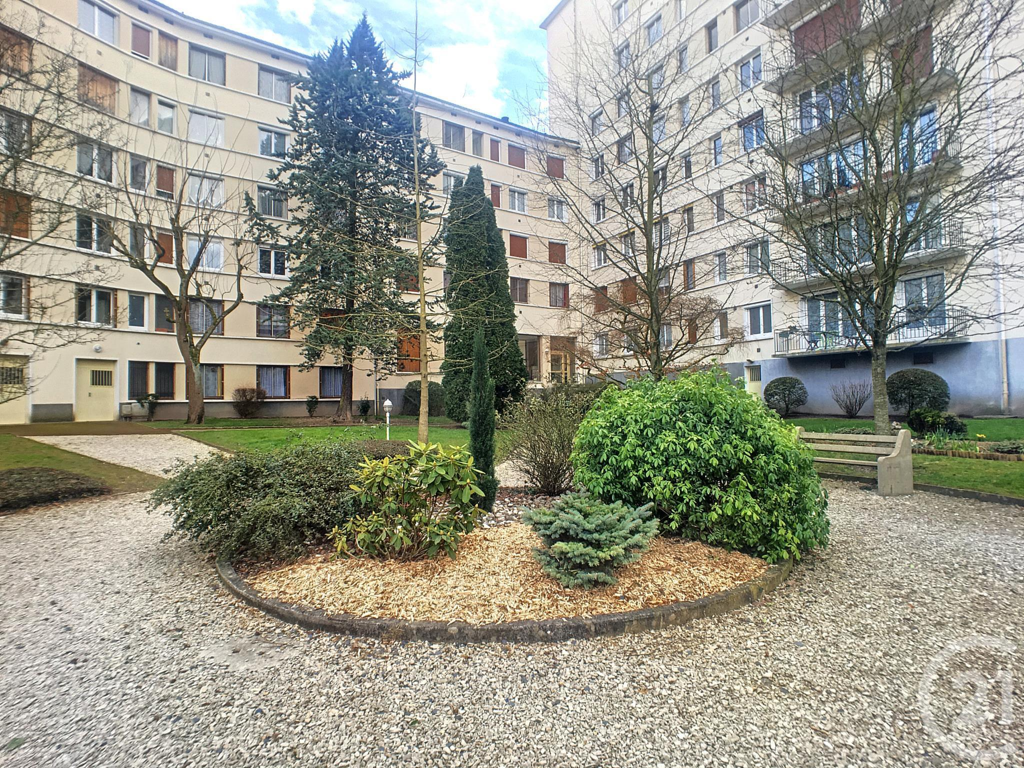 Appartement f3 à vendre - 3 pièces - 75 m2 - TROYES - 10 - CHAMPAGNE-ARDENNE