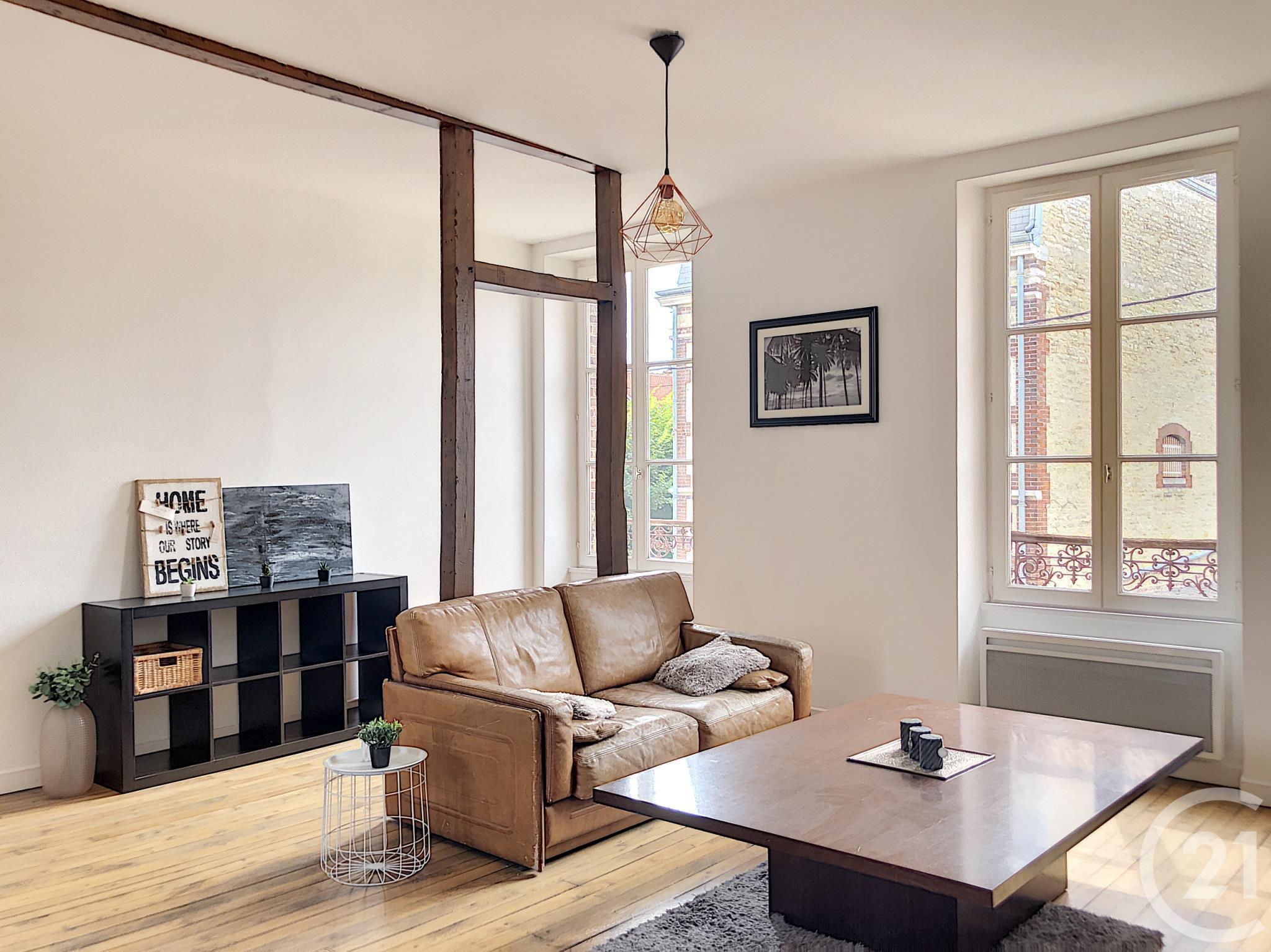appartement f4 louer 4 pi ces 83 m2 ste savine. Black Bedroom Furniture Sets. Home Design Ideas