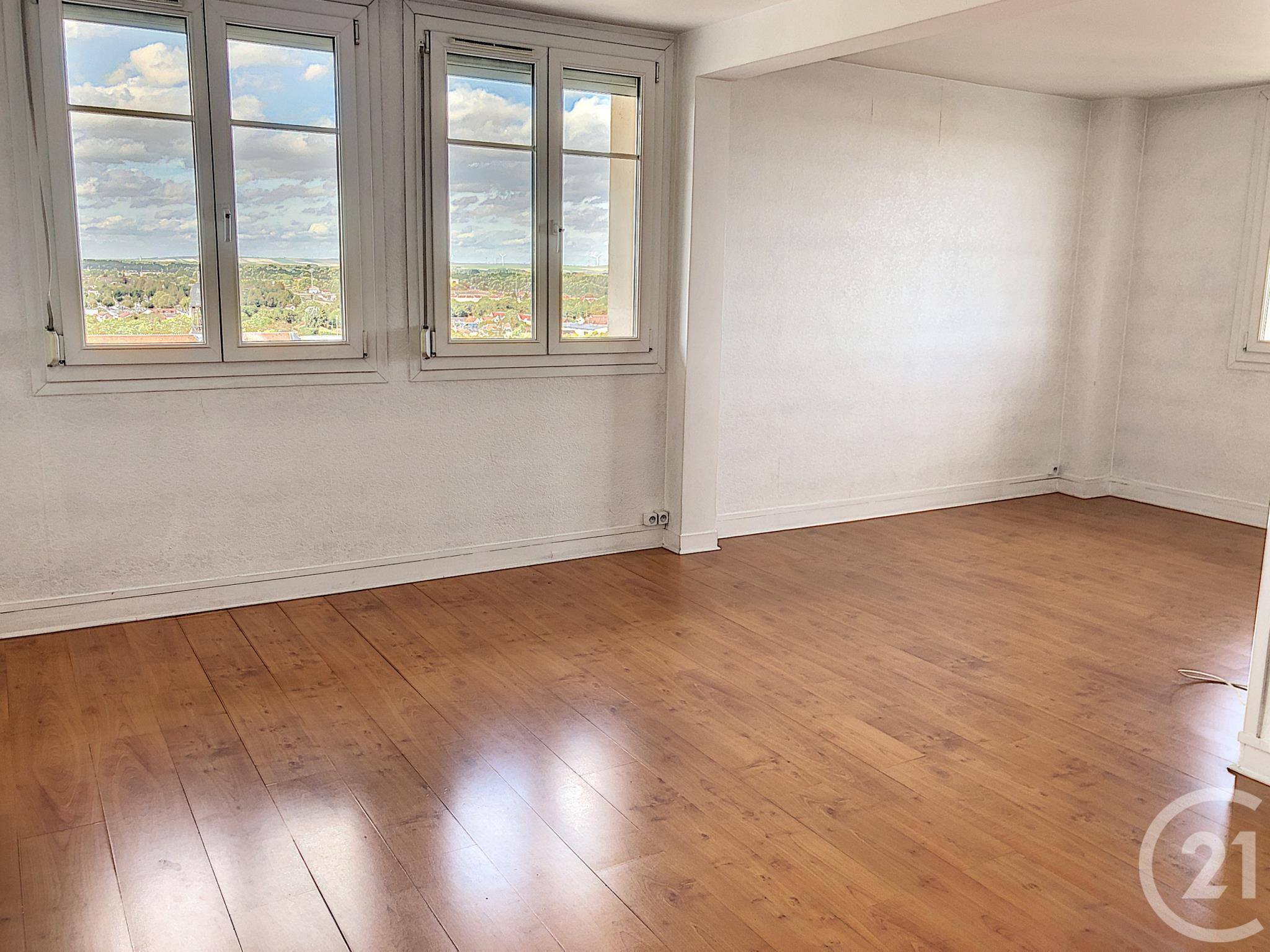 Appartement F5 à louer - 4 pièces - 82 m2 - TROYES - 10 - CHAMPAGNE-ARDENNE