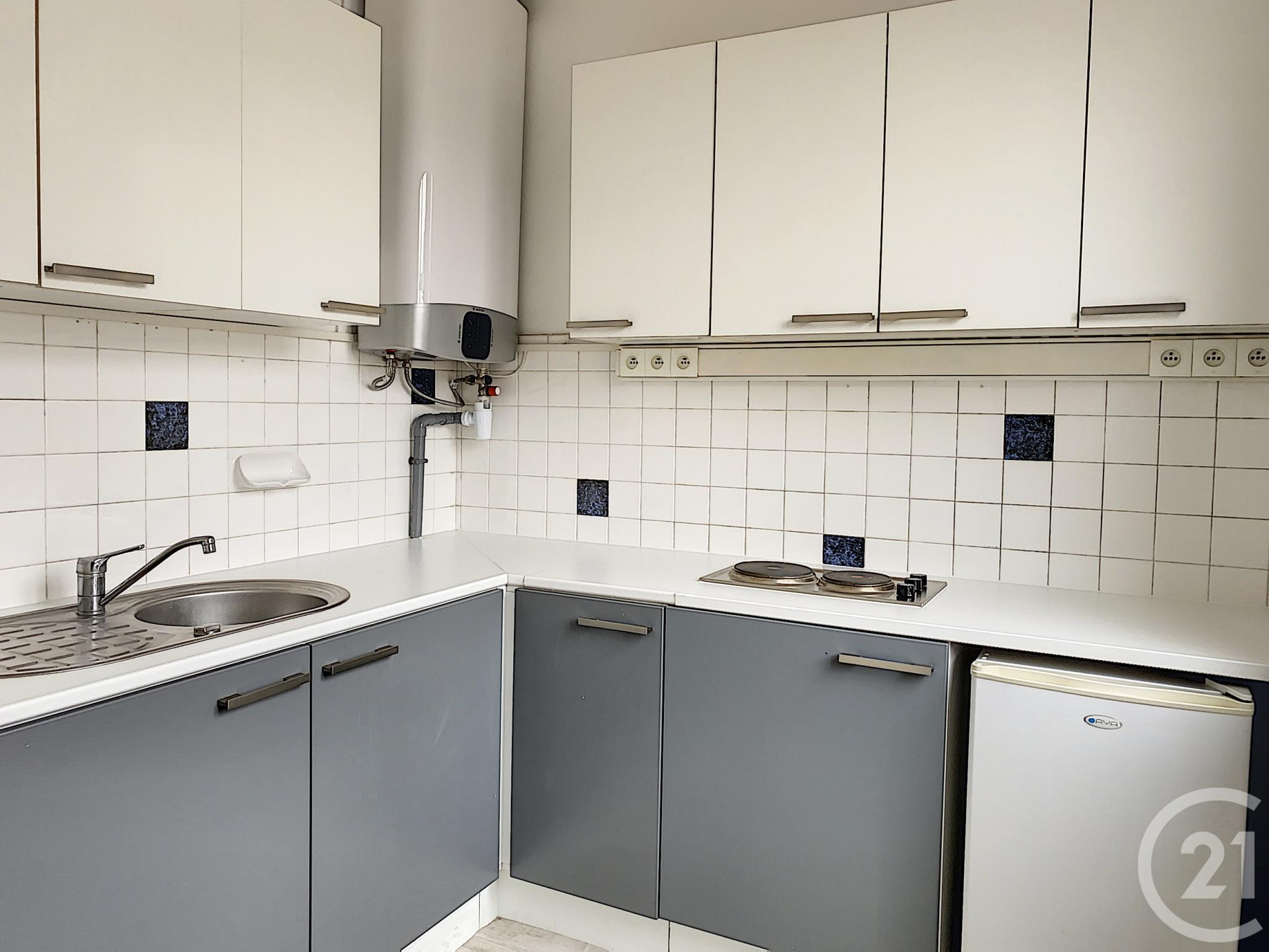 Appartement F2 à louer - 2 pièces - 39 m2 - TROYES - 10 - CHAMPAGNE-ARDENNE