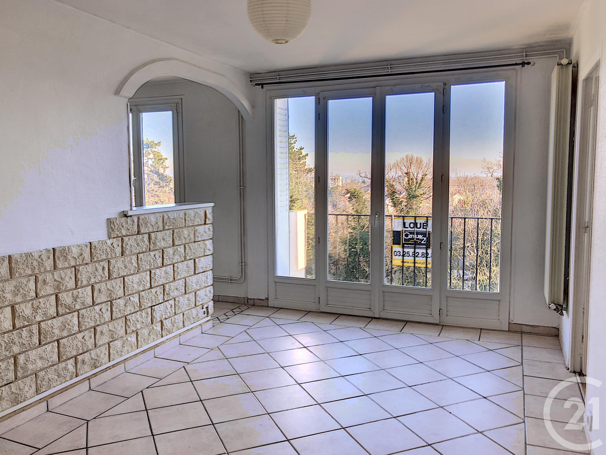 Appartement F3 à louer - 3 pièces - 53 m2 - TROYES - 10 - CHAMPAGNE-ARDENNE