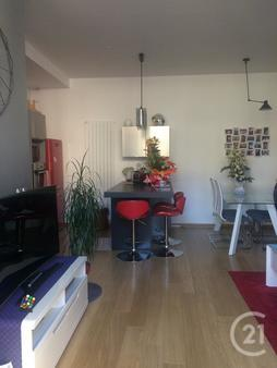 Appartement F3 à vendre - 3 pièces - 78,0 m2 - TROYES - 10 - CHAMPAGNE-ARDENNE
