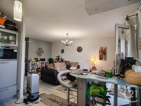 Appartement F4 à vendre - 4 pièces - 69,0 m2 - TROYES - 10 - CHAMPAGNE-ARDENNE