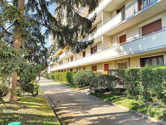 Appartement F1 à louer - 1 pièce - 36,0 m2 - TROYES - 10 - CHAMPAGNE-ARDENNE
