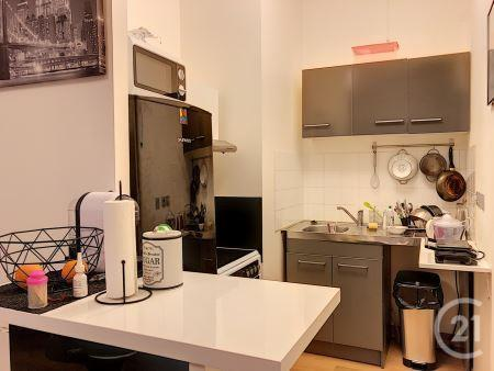 Appartement F2 à louer - 2 pièces - 53,4 m2 - TROYES - 10 - CHAMPAGNE-ARDENNE