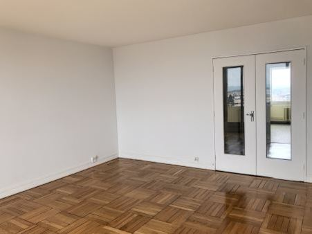 Appartement à louer - 3 pièces - 81 m2 - TROYES - 10 - CHAMPAGNE-ARDENNE
